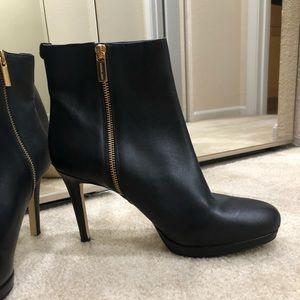 Like New Michael Kors Black Leather Booties! Sz 10